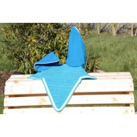 Bonnet semi long bleu turquoise tresse plate blanche