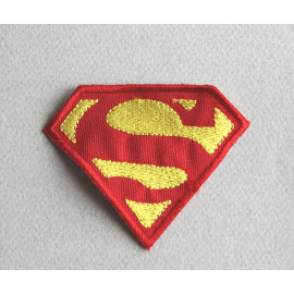 Ecusson Superman thermocollant  taille 15 cm sur 20 cm