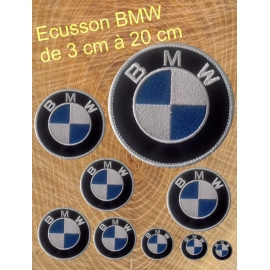 Nathali-Embroidery-Ecusson logo BMW thermocollantFabrication-Française